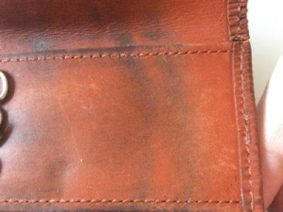 ルイヴィトン(Louis Vuitton)【茶色】のキーケースの色修正(リカラー)