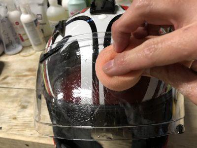 ヘルメット(バイク用)のクリーニング&消臭加工 ~北陸クリーニング工場(新潟県柏崎市)~